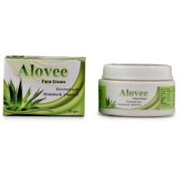 Lords Alovee Cream (50g) : For dry skin, pimples, moisturizes skin